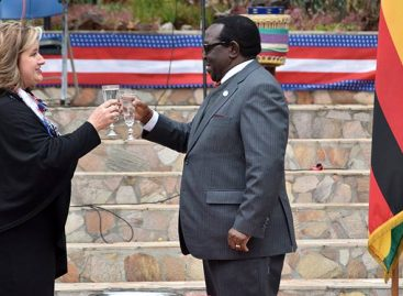 US envoy urges Zim to protect new found freedom